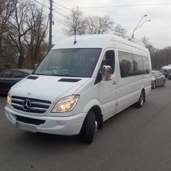 Ритуальный транспорт Mercedes (17 мест)