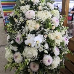 Ритуальный венок из живых цветов_18