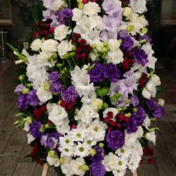 Ритуальный венок из живых цветов_40